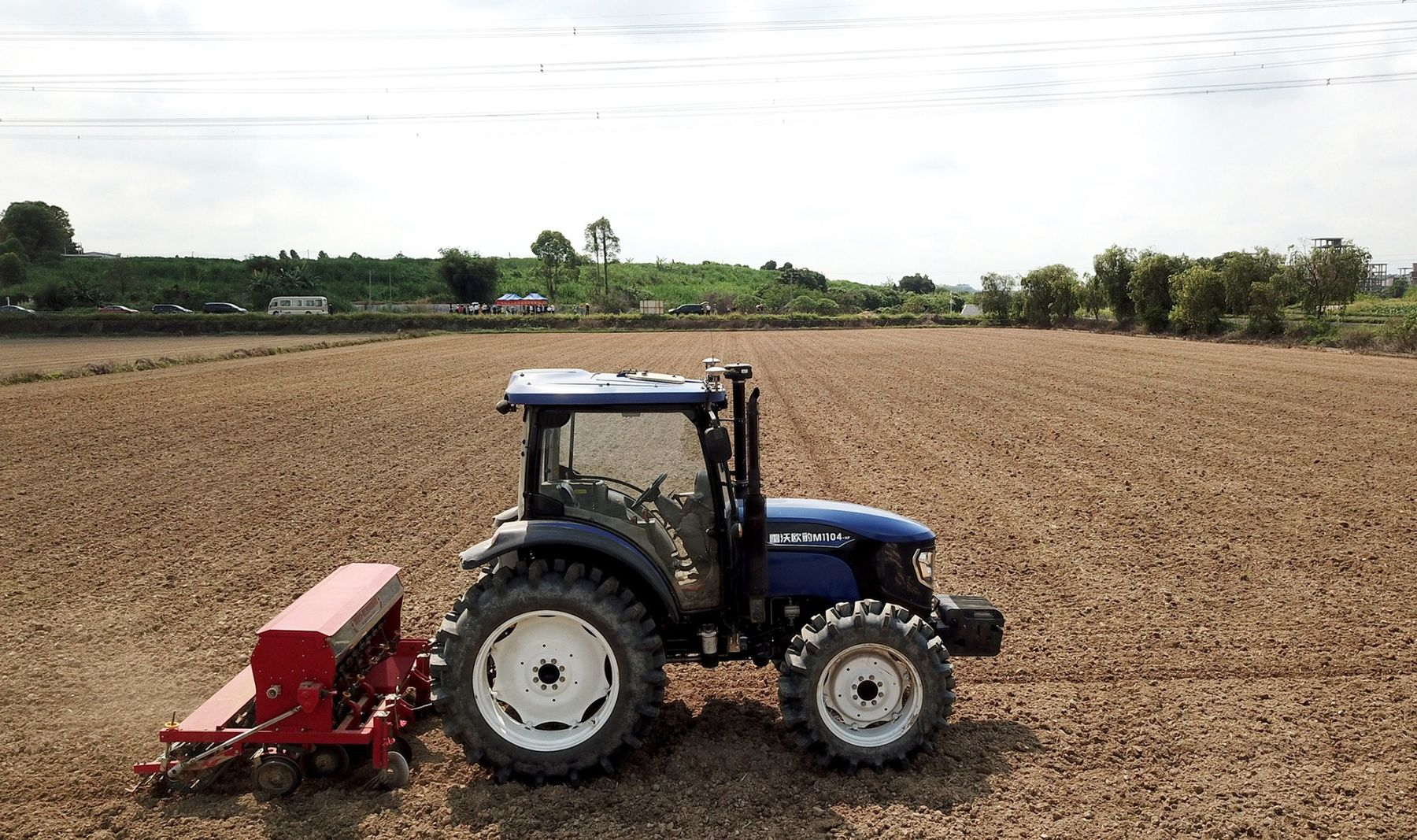 Driverless Tractors Are Getting Ready for Harvest Season